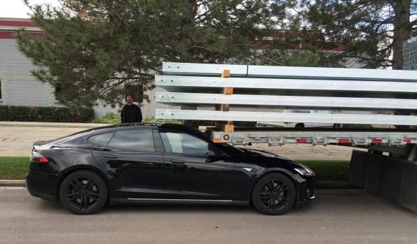 Did a Tesla self-crash in self-park mode?   Brad Ideas